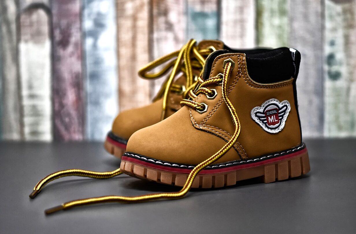 Az örök cipő
